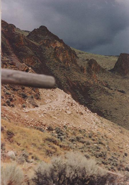 01-cm95-road-to-cm-mine