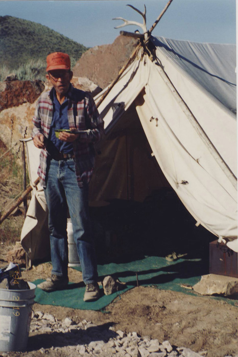 A photo journal of mining at the Morrisonite Mine 1994 u2013 1996 « The Agate Trader & A photo journal of mining at the Morrisonite Mine: 1994 u2013 1996 ...